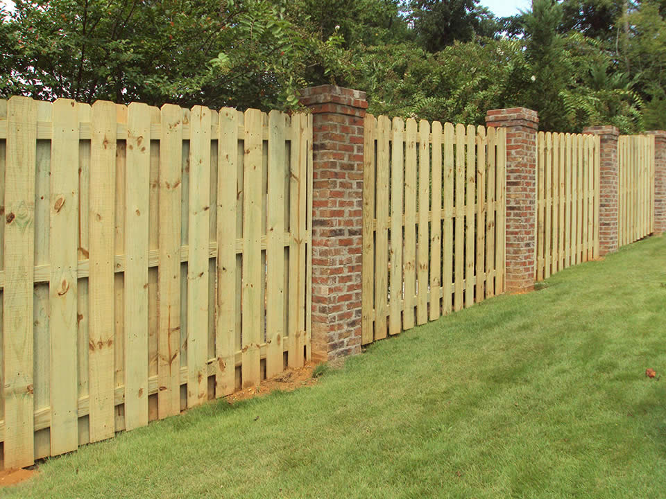 Wood Fence Anniston AL | The Fence Place