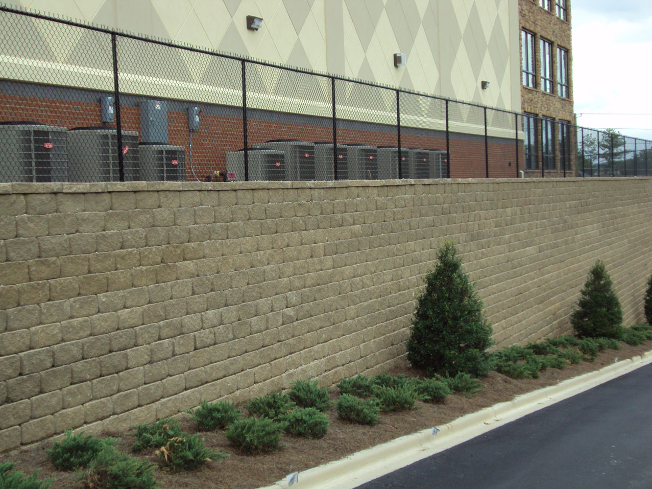 Commercial chain link fence anniston al the fence place for Wall pictures