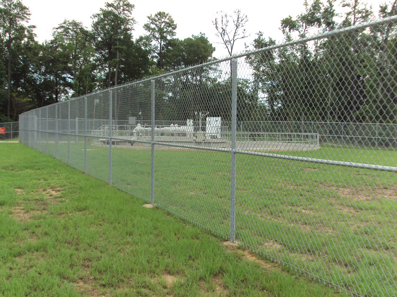 Chain link fence anniston al the place