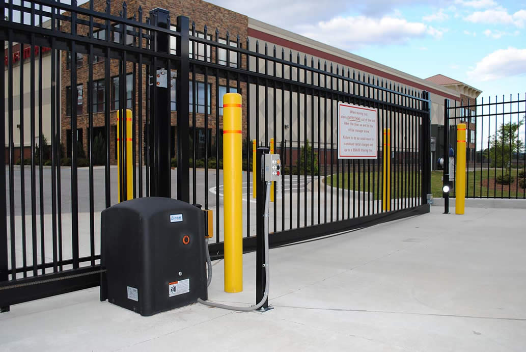 Commercial gate opener anniston al the fence place